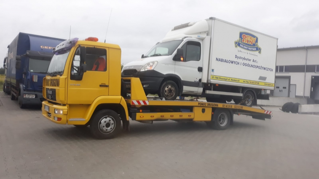 Pomoc Drogowa w Rzeszowie - holowanie pojazdów dostawczych